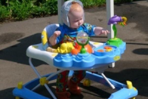 В детдомах Липецка еще 428 детей