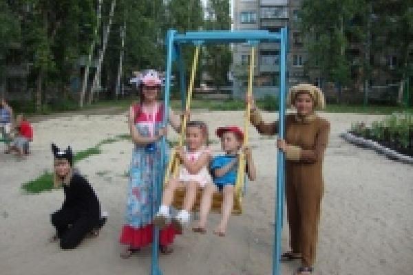 В посёлке Матырский открыли детскую площадку «Светлая поляна»