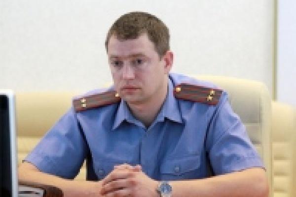 Юрий Декасов нарушил собственное обещание - он подтягивает в Липецк офицеров из Калининграда