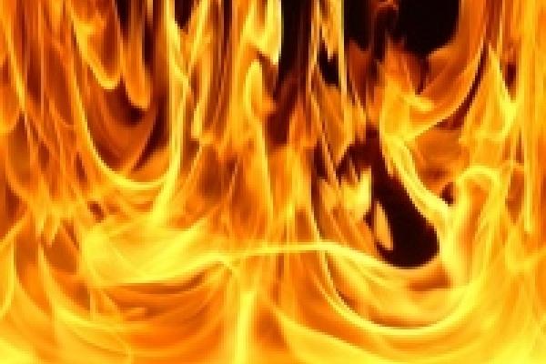 Добровольным пожарным будет выплачиваться 10 тысяч рублей
