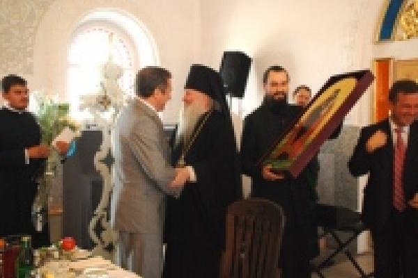 В Задонск съехались тысячи православных поломников