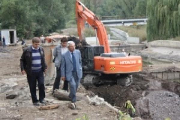 В Липецке во время восстановительных работ найдены старинные приспособления для укрепления берега Липовки