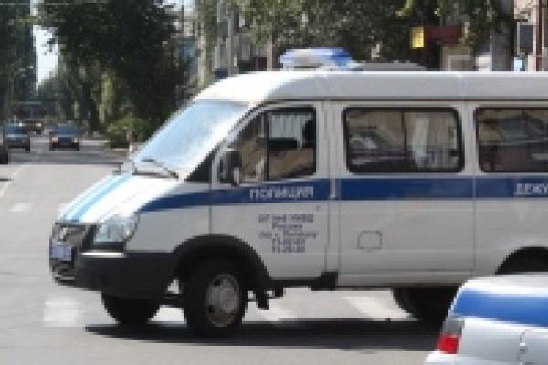 В Липецке тепловоз протаранил легковой автомобиль