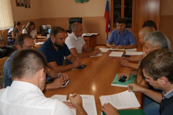 В управлении ЖКХ Липецкой области подвели первые итоги работы региональных операторов по обращению с ТКО