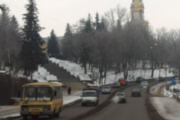 В Липецке более 185 тысяч автомобилей