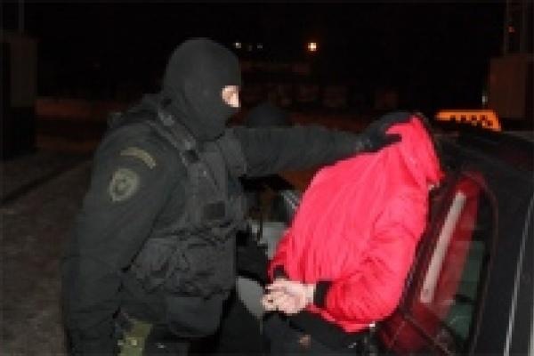 Подозреваемый в убийстве таксиста установлен и задержан