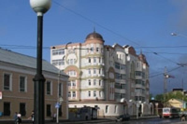 В Липецкой области открыли памятник гиревикам-рекордсменам
