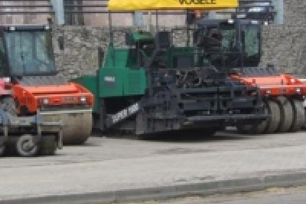 Липецкие дороги ремонтируют шесть дорожно-строительных предприятий