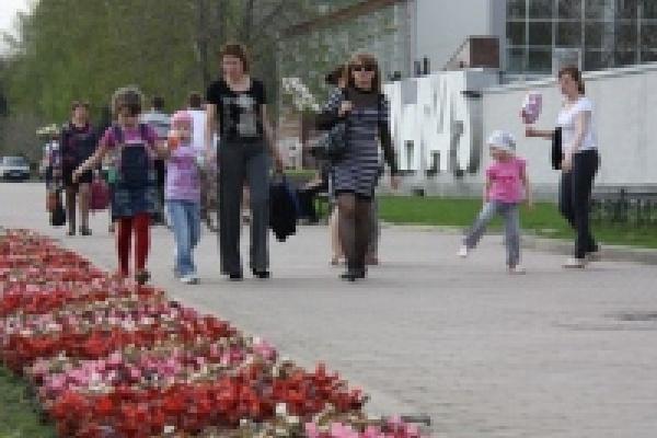К майским праздникам город расцветет