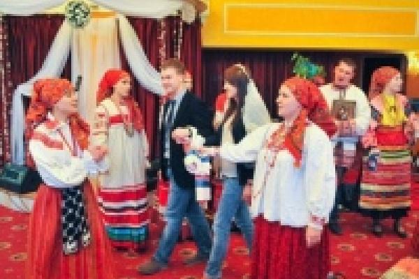 В Липецке впервые состоялось занятие «Школы сватов»