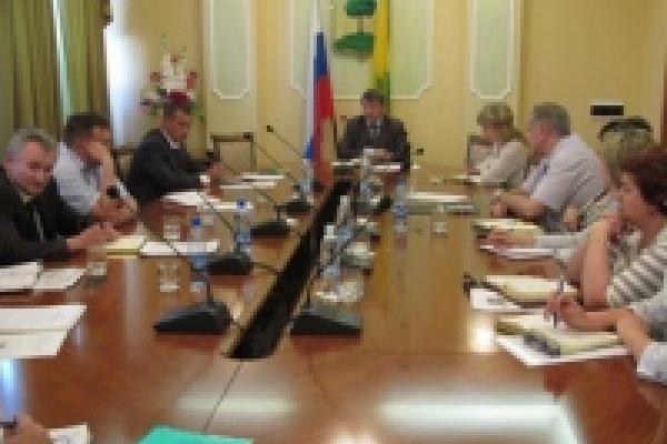 Программа социально-экономического развития города в 2011 году выполнена успешно
