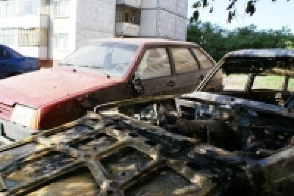 В Липецке схватили поджигателей машин