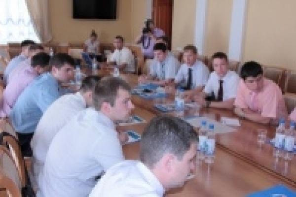 В Липецке молодежь ЦФО обсуждала ситуацию с наркоманией
