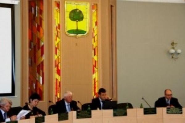 Около 700 человек удалось разыскать в ходе составления списков бывших депутатов Липецкого горсовета