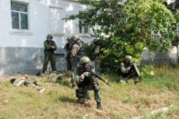 Спецслужбы учились обезвреживать террористов