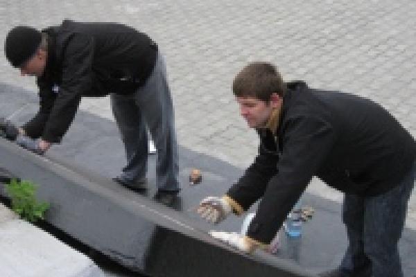 В этом году в Липецке отремонтировано двадцать памятников