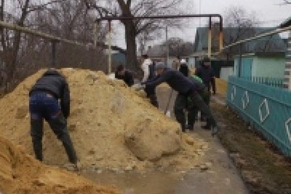 В районе Ниженки в Липецке работают добровольцы