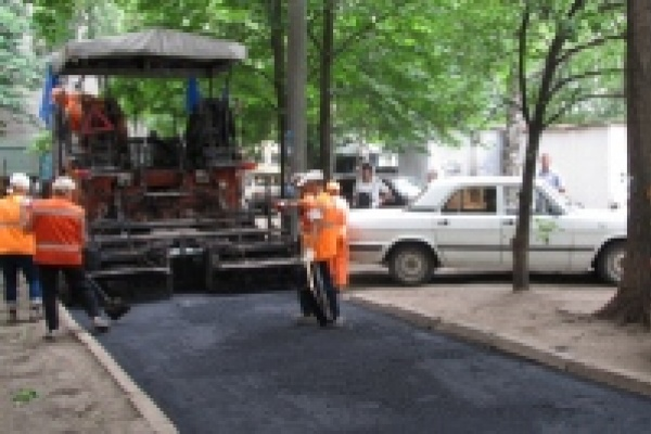 Дворовые территории в этом году отремонтируют на Сырском Руднике