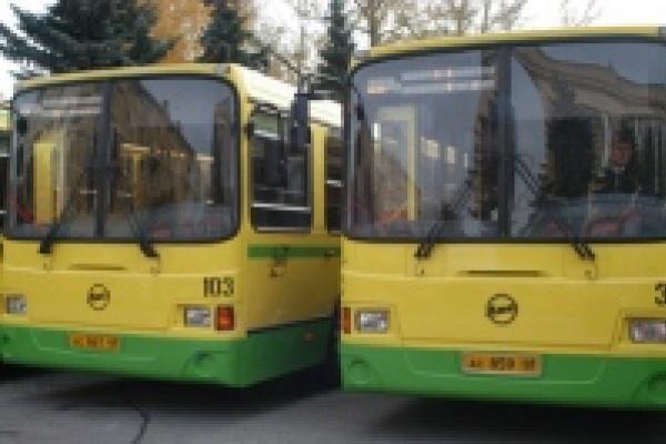 Первомайские мероприятия внесут изменения в движение транспорта