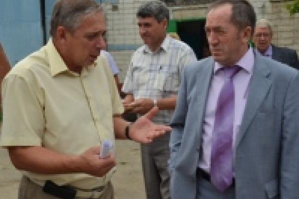 Николай Корвяков провел выездное совещание с руководителями управляющих компаний