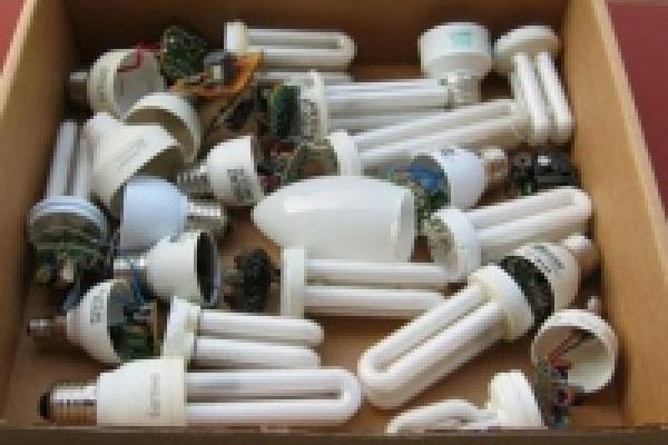 Липецкие управляющие компании собирают ртутные лампы