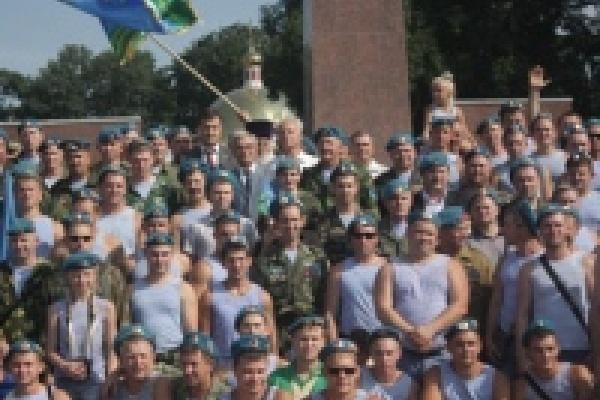 В Липецке готовятся ко Дню ВДВ