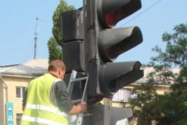 В Липецке установили новую партию современных светофоров