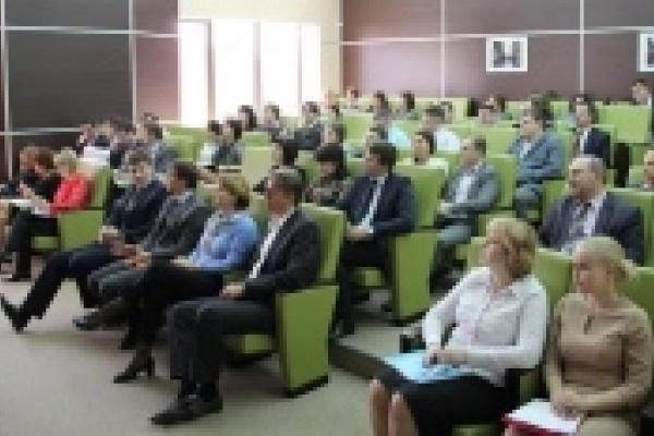 В Сбербанке выступил бизнес-тренер Тони Шварц
