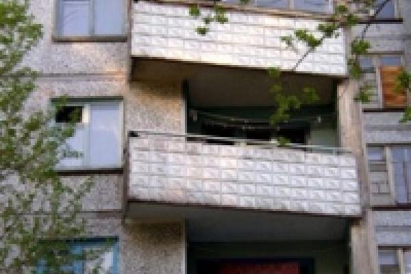 Вор-домушник упал с балкона