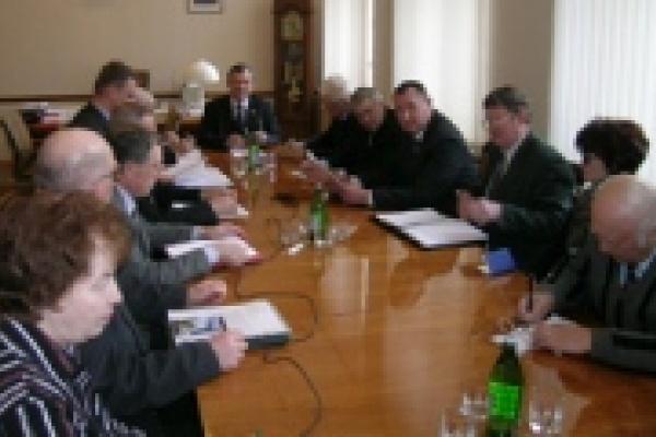 Спикер Липецкого горсовета обсудил с коммунистами проблемы ЖКХ