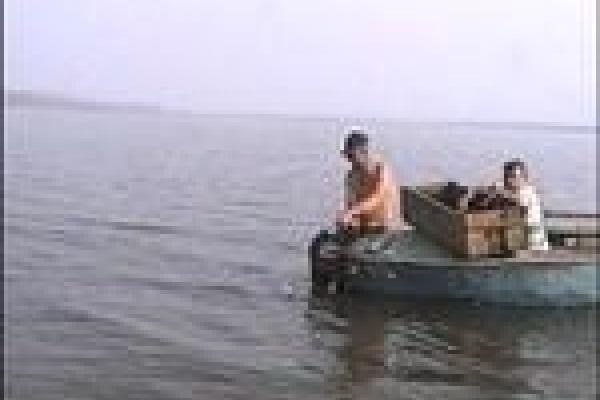 С браконьерами станут бороться рыбаки-любители