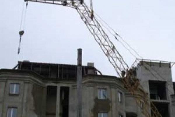 Семь строительных компаний получат помощь из областного бюджета