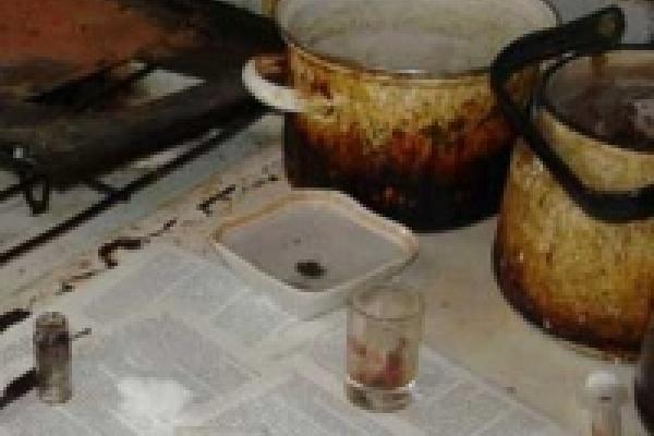 Наркополицейские нагрянули в очередной наркопритон