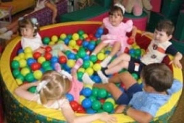 В детских садах Липецка не хватает воспитателей