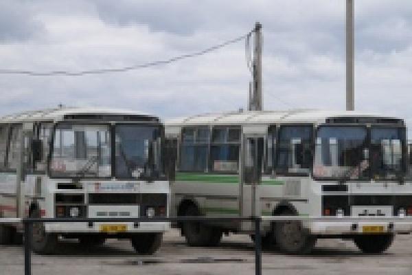 Часть своего пути в Грязи пассажиры автобусов будут преодолевать пешком