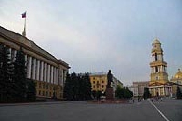Соборную площадь в 2008 году доведут до ума