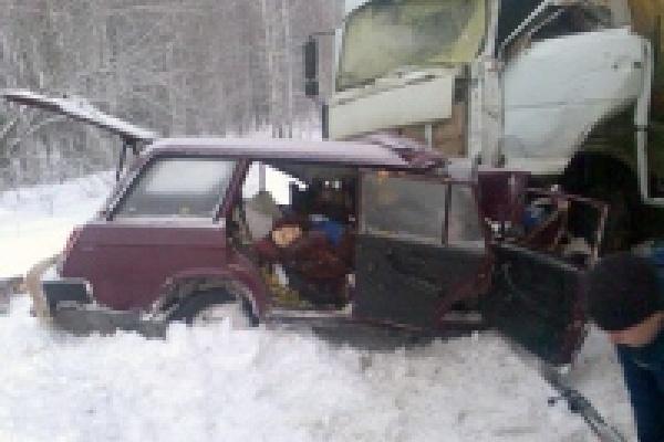 На трассе Липецк-Лебедянь погибла семья