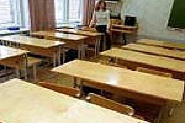 В Липецке на каникулы досрочно отпустили детей из 72 классов
