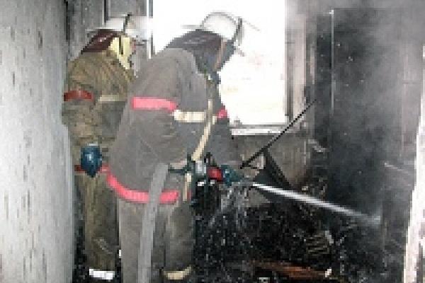 В горящей квартире нашли избитого мужчину