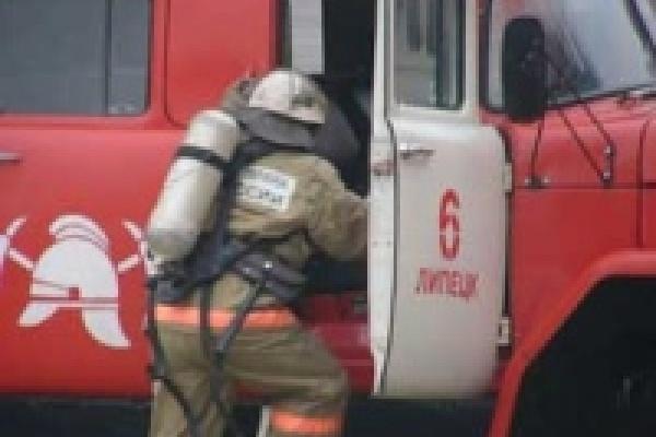 В Липецке сгорели шесть машин