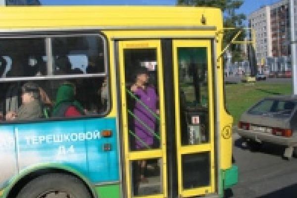 Оценка за порядок в автобусах Липецка - «удовлетворительно»