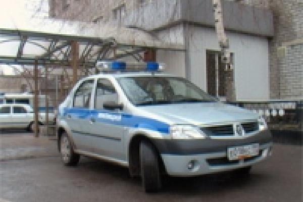 В Липецке милиционеры испытывают новый патрульный автомобиль
