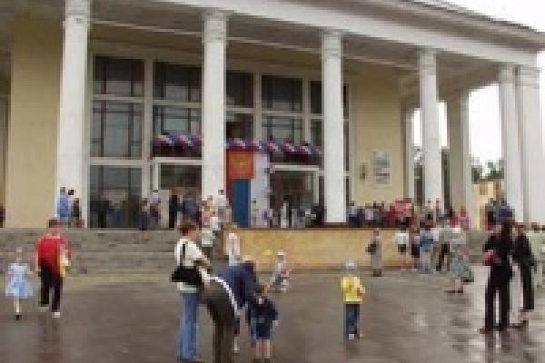 НЛМК организовывает праздники для жителей Липецка
