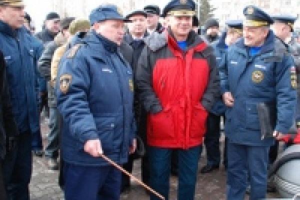 В Липецкой области шьют VIP-костюмы для руководства МЧС