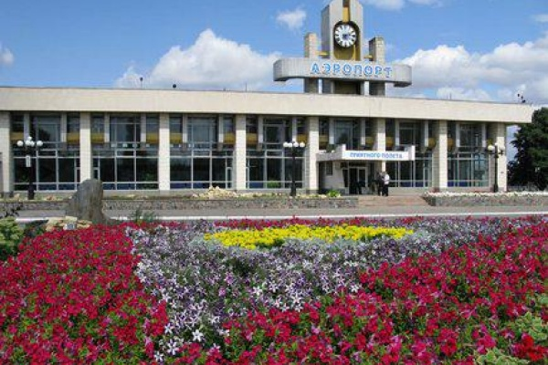 Липецкий аэропорт начнёт принимать международные рейсы в 2016 году