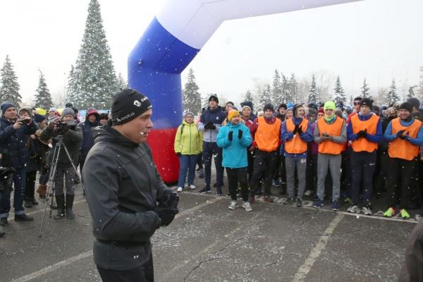 Игорь Артамонов пригласил звёзд спорта и шоу-бизнеса составить ему компанию в забеге по Липецку