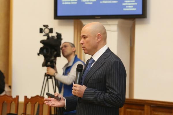 Врио главы Липецкой области намерен лишать лицензии УК и бороться с мусором