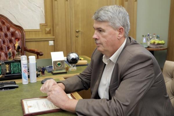 Решение уйти в отставку обернулось для главы Воловского района благодарностью от губернатора