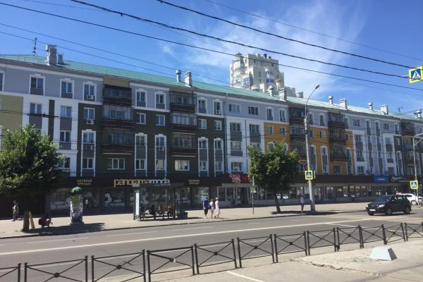 Главный архитектор Липецка положительно оценила капремонт фасадов одной из основных исторических улиц города
