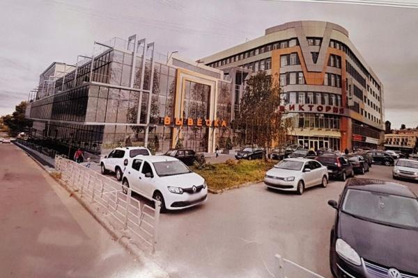 Влиятельная в Липецке семья попытается во второй раз «протащить» проект строительства отклонившегося от «предела» ТЦ